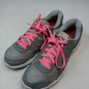 NIKE REVOLUTION 2 RUNNING SHOES WOMENS SIZE US 11